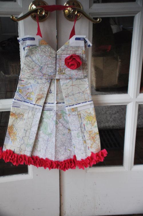 origami dresswreath2001